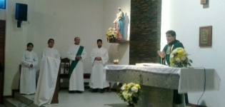 Peregrinación hacia el Santuario de San Cayetano en Orfila, con motivo del Año de la Misericordia.