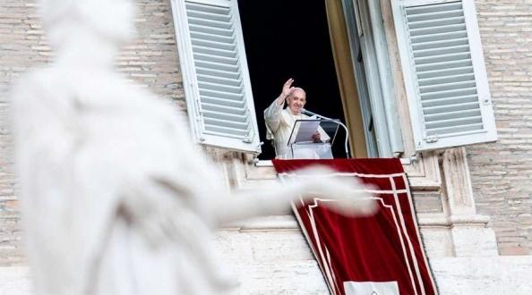 El Papa Francisco recuerda la primacía de Dios en la vida humana