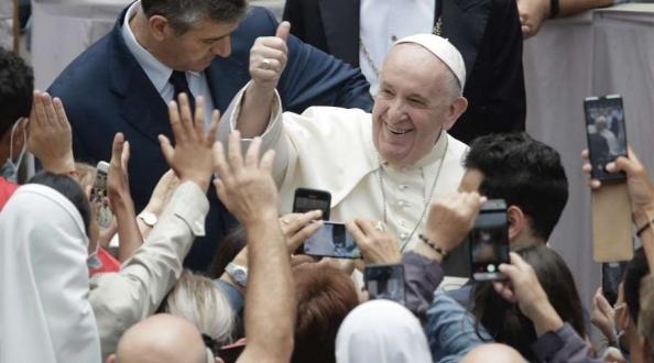 Papa Francisco: Aprendamos a soñar en grande buscando ideales de justicia y amor social