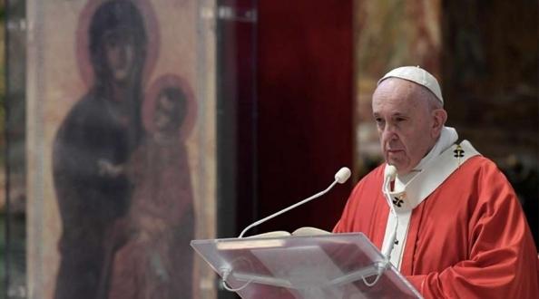Papa en Domingo de Ramos: Ánimo abre el corazón a Dios, sentirás su consuelo que sostiene