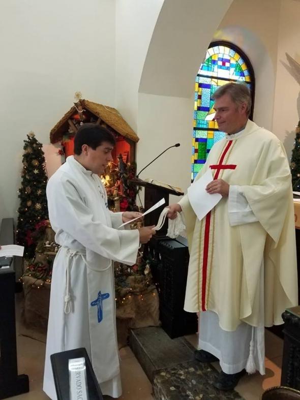 El Padre Leonardo Di Carlo, renovó su contrato como integrante del Instituto de Sacerdotes Diocesanos de Schoenstatt.