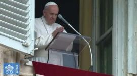 Papa Francisco anima a tener compasión que no es sentimentalismo sino amor concreto.