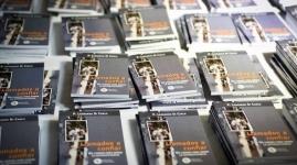 Presentación del libro - Llamados a confiar: un camino para sanar la autosuficiencia